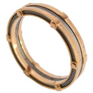 טבעת נישואין בעיצוב מודרני עשויה בעבודת יד, מורכבת משילוב של כסף וזהב אדום BNG #8