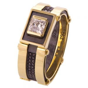 Men's Signet Ring Yellow Gold and Diamonds BNG15