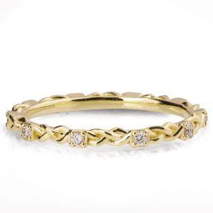Braided Wedding Band Yellow Gold and Diamonds E1