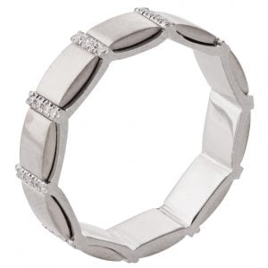 Diamond Wedding Ring Platinum R015
