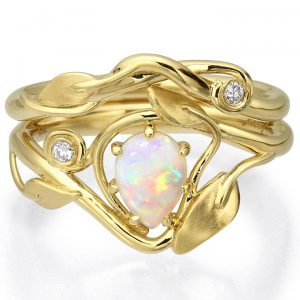 Leaves Opal Bridal Set Yellow Gold 3